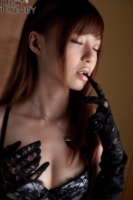 aino_kishi_black_023