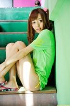 Aino-Kishi-yelow-bikini-06.